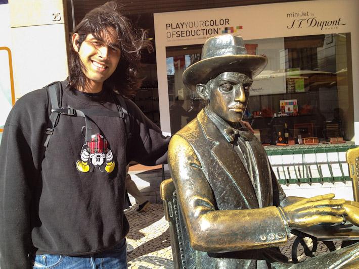 Ashray and Fernando Pessoa in Lisbon