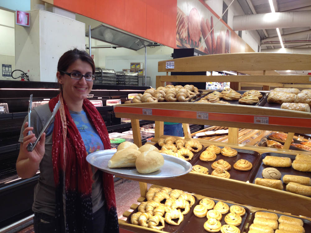 This is how you select your bread and pastries in Mexico