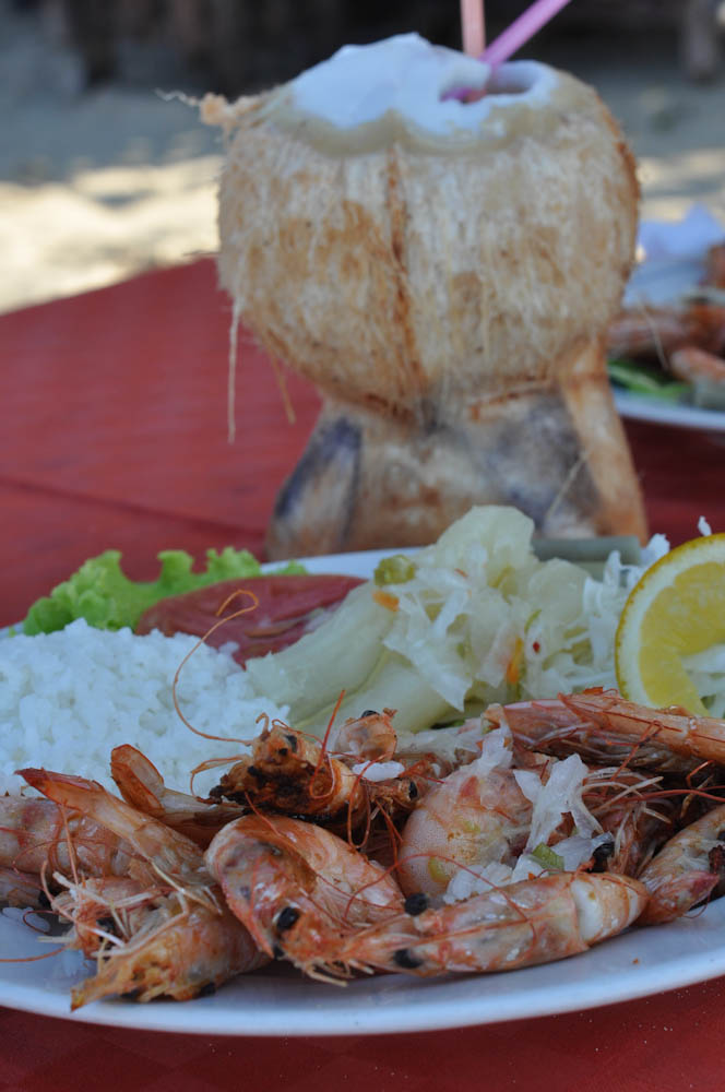 Camarones lunch at the beach, Playas del Este