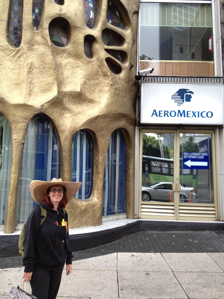 Gaudi style aeromexico office in mexico city