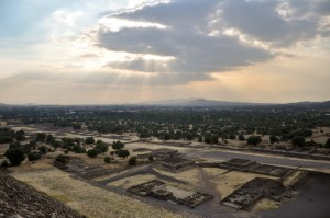 The symmetry of Teotihuacan