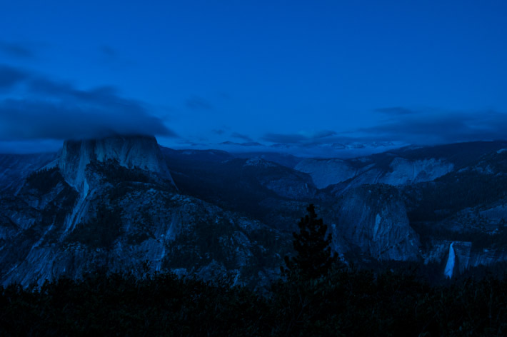 Half Dome in Yosemite at night