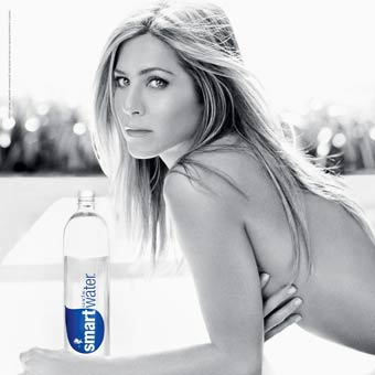 Jennifer Aniston does it too!
