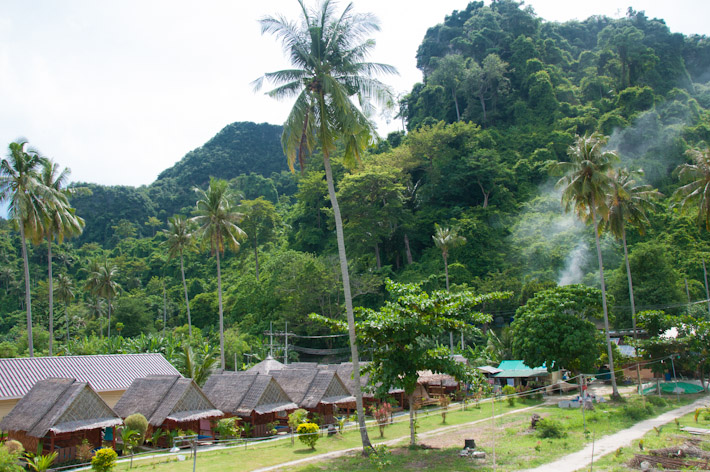 Bungalows in Tonsai Village