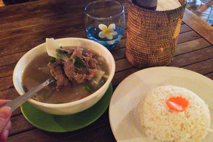 Somlor Machou Kroeung - Cambodian beef soup, served with white rice