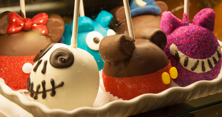 Disney's candy apples: sweets porn!