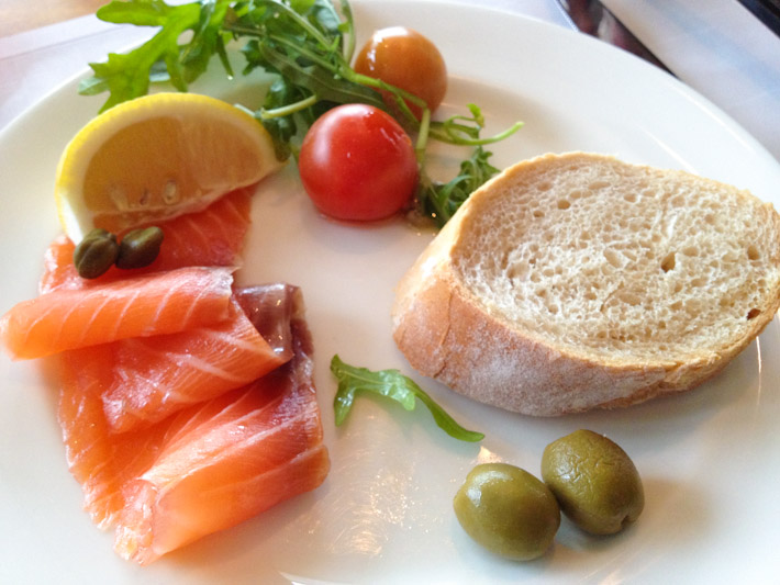 Smoked salmon with fresh baguette and a little salad