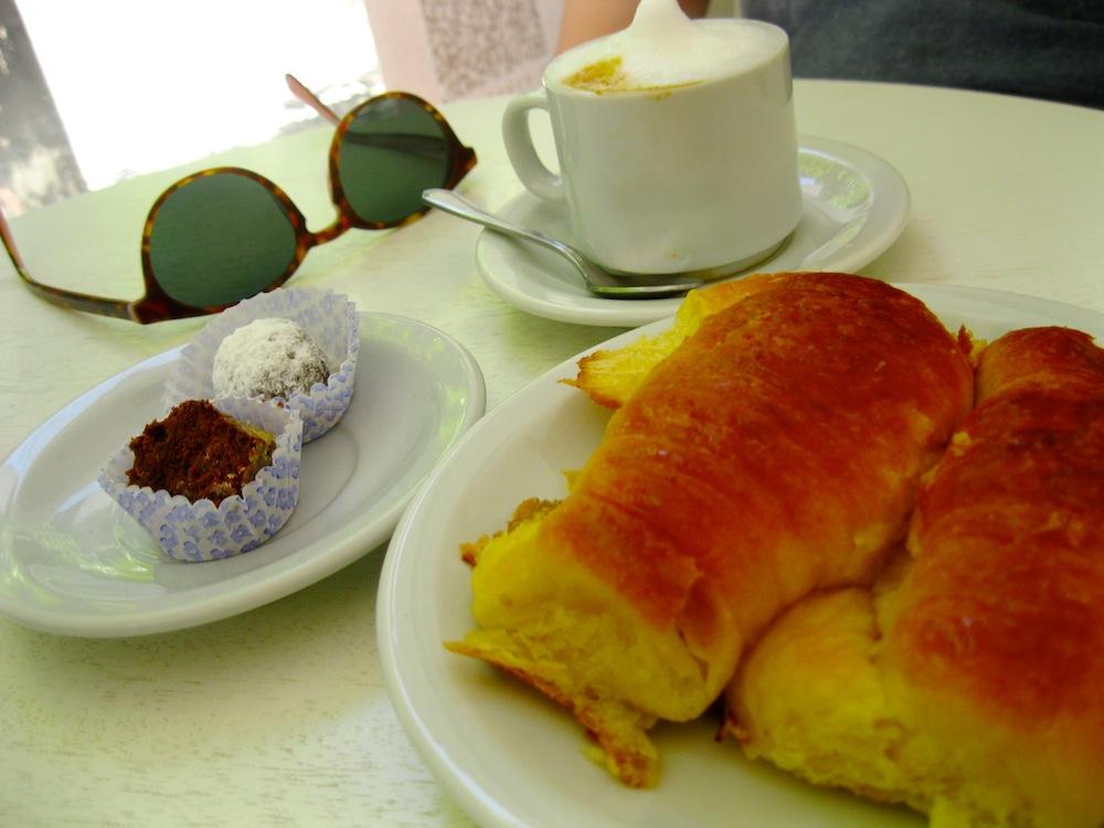 Avante-Garde Cafe, Recoleta, Buenos Aires