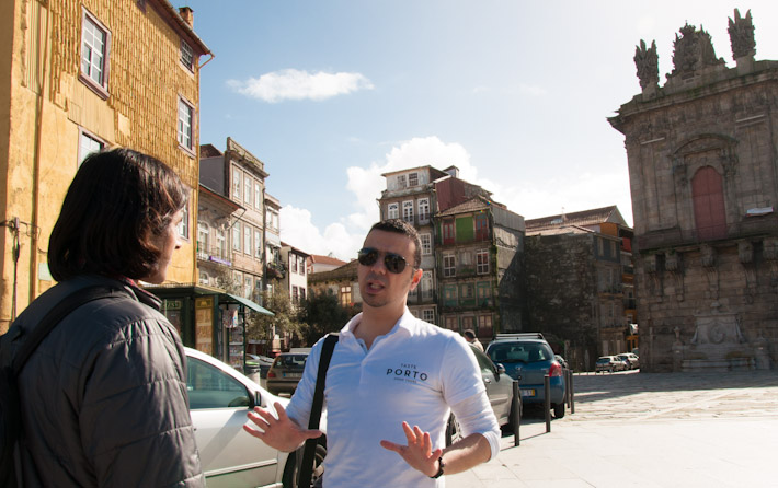 Walking with Andre near Torre dos Clerigos, understanding Porto's history and culture
