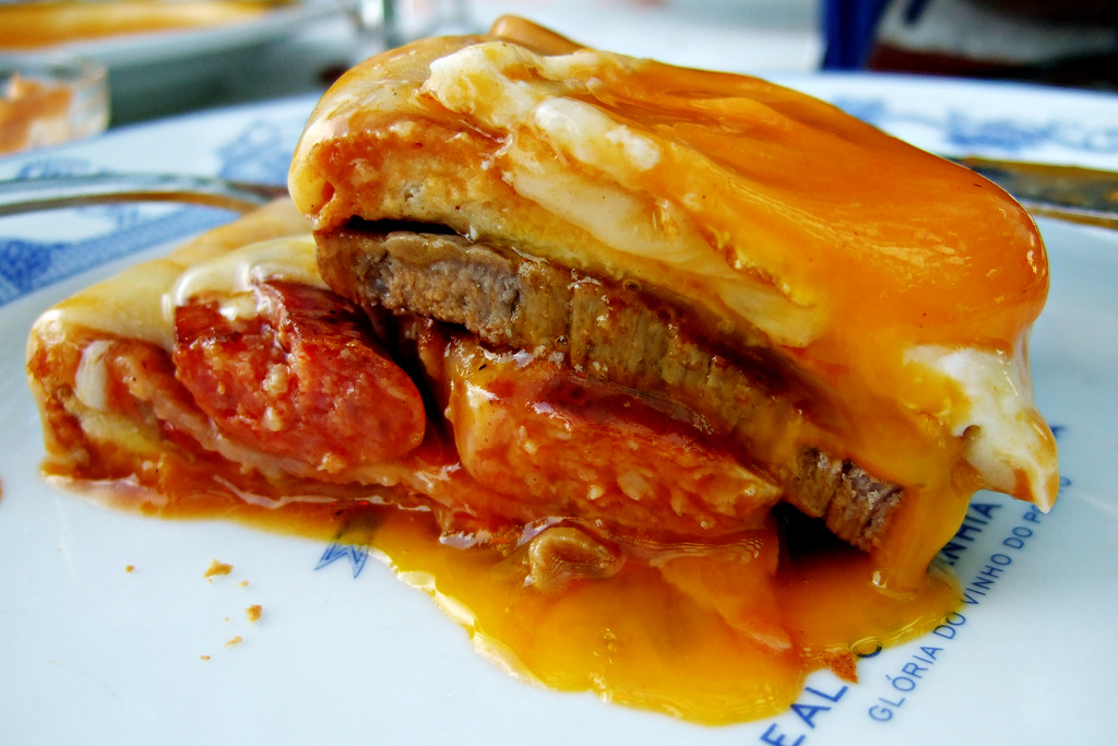 Francesinha (photo by fortes on Flickr)