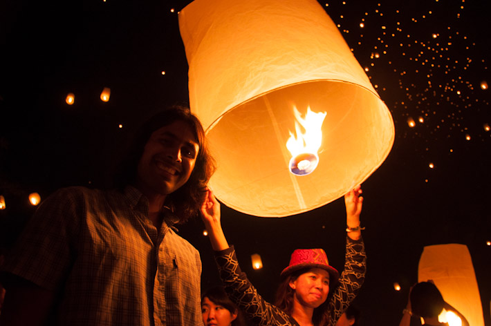 Everybody likes posing with their lanterns before the release