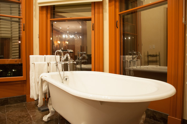 Bathtub with views out to San Francisco, at Coit Tower's Suite