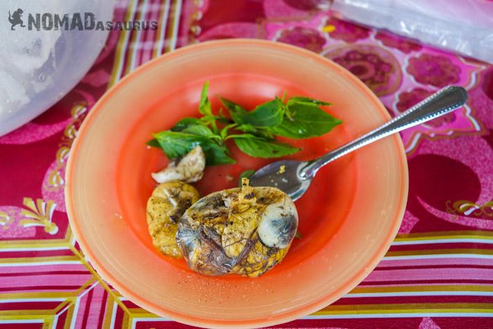 Pong Tea Khon (Balut) - Fertilized Duck Embryo in Cambodia