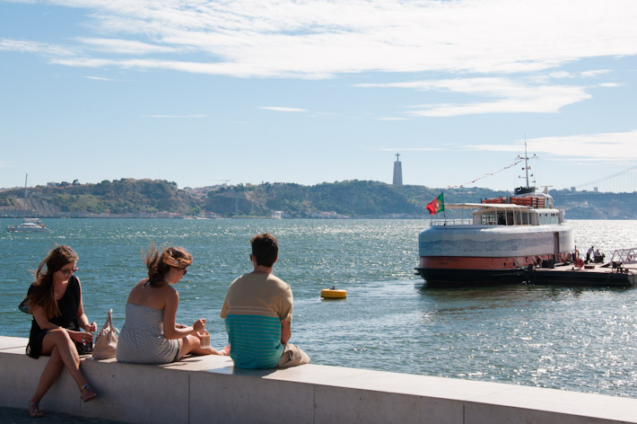 Hanging out by the Tagus River