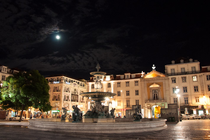 Baixa Pombalina at night