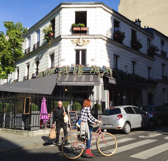 Cycling around Paris