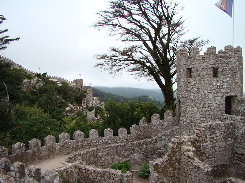 Castle of the Moors in Sintra [photo by Lacobrigo]
