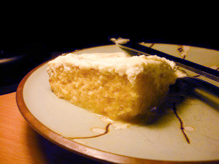 Tres Leches Cake. Photo by Lorelei Norman on Wikimedia: http://bit.ly/1dNEb1b