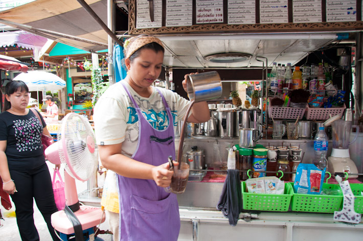 Tea and coffee street vendor near Saphan Taksin