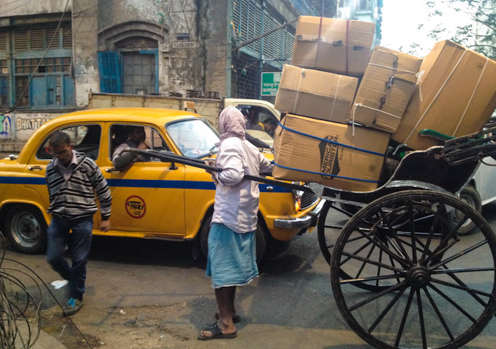 Pulled rickshaw traffic jam in Kolkata