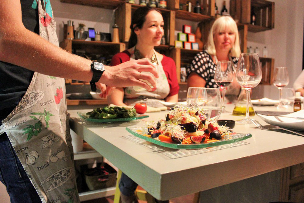 Barcelona Slow Travel and Slow Food: Fig Salad Cooking Class