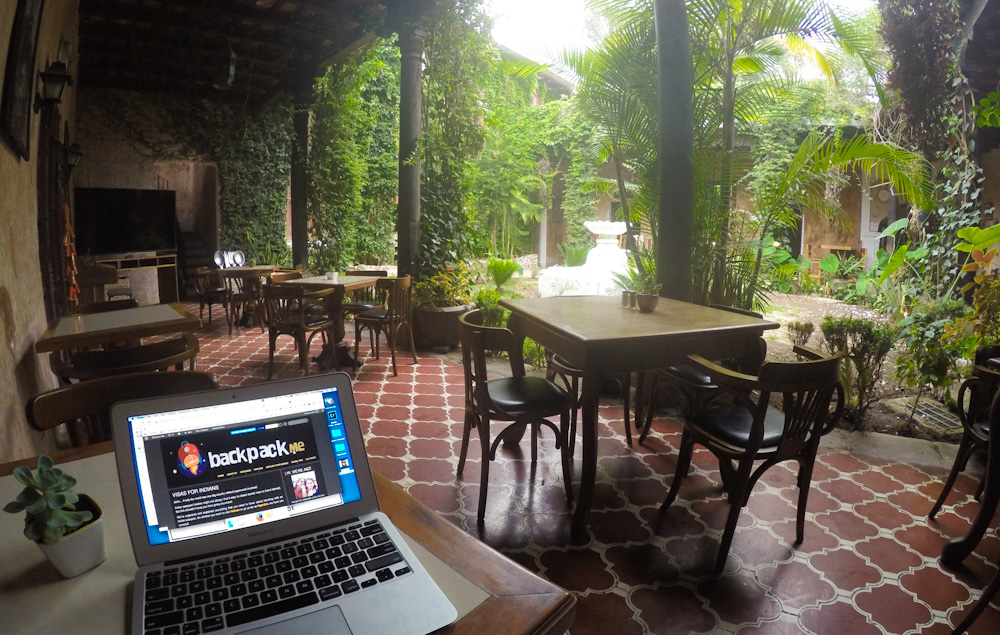 Free WIFI at Cafe Casa Blanca Hotel in Antigua