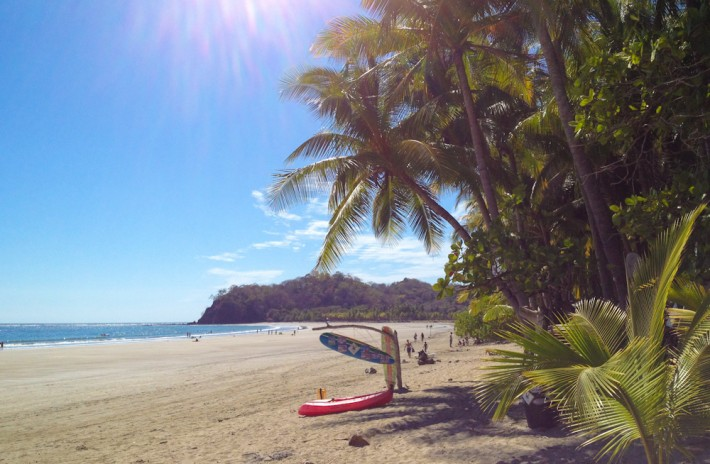 Playa Samara - a good spot for surfing newbs in Costa Rica