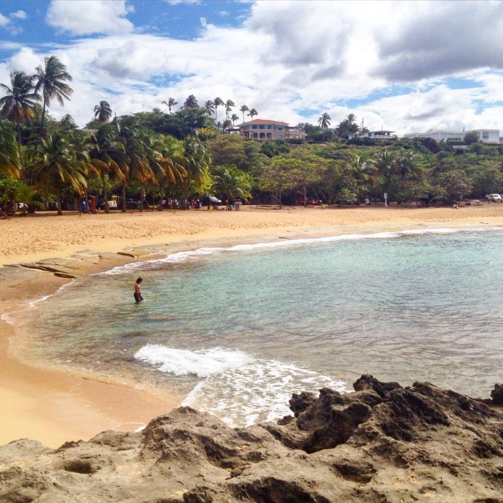 Playa Mar Chiquita in Puerto Rico