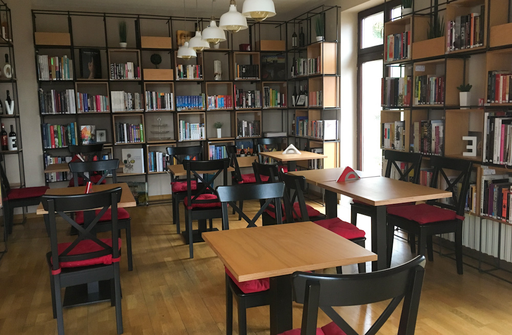 Bookla - bookshop and cafe in Cluj