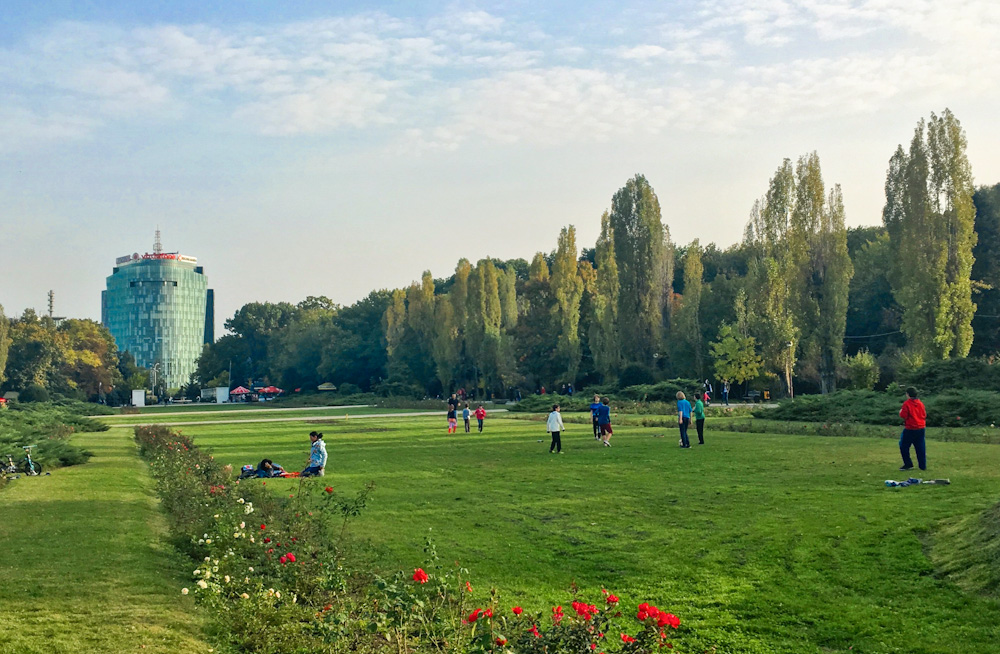 Saturday afternoon at Herăstrău Park in Bucharest