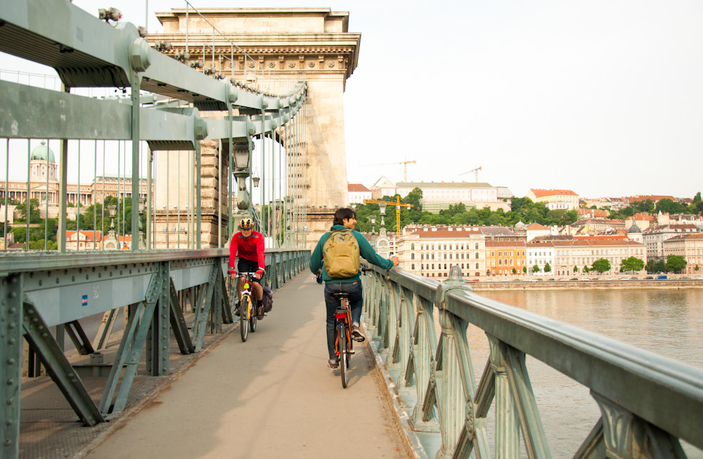 Crossing the Széchenyi Chain Bridge by bike