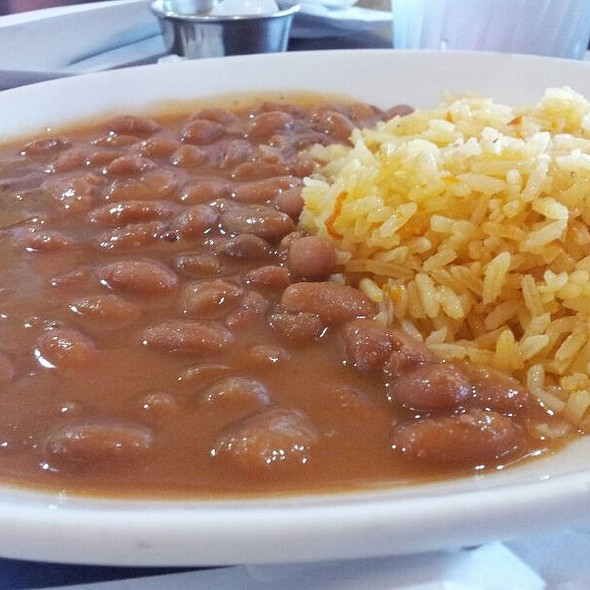 Arroz con Frijoles: rice and beans Mexican style