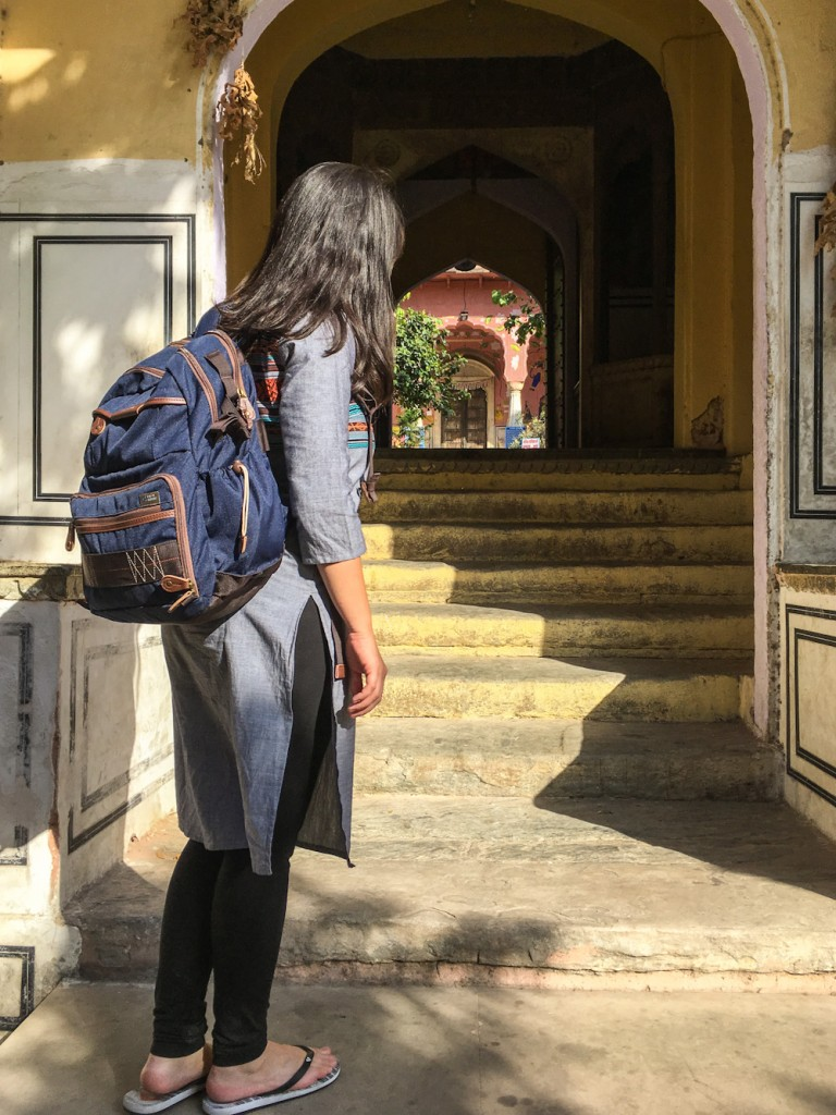 Traveling in India with the Vanguard Havana 41 camera bag