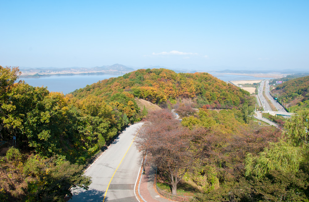 South Korea looks green and developed as compared to what little we get to see of North Korea from Dorusan Observatory